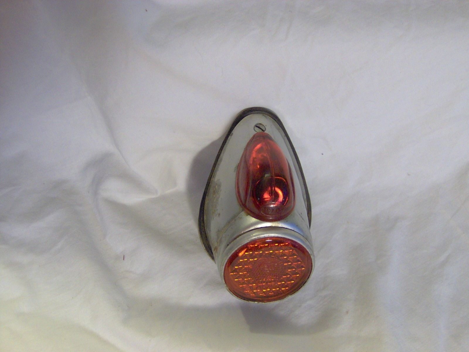 050.4.5500.0 Allstate Hella Taillight
