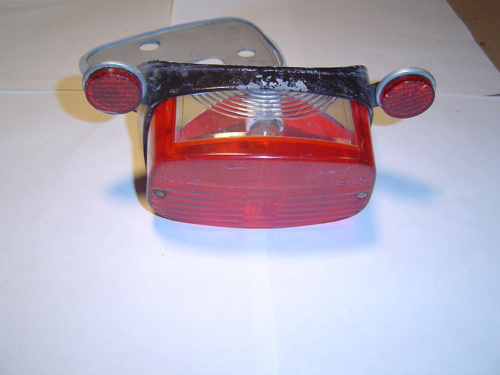 100772 Allstate Crusaire Siem Taillight