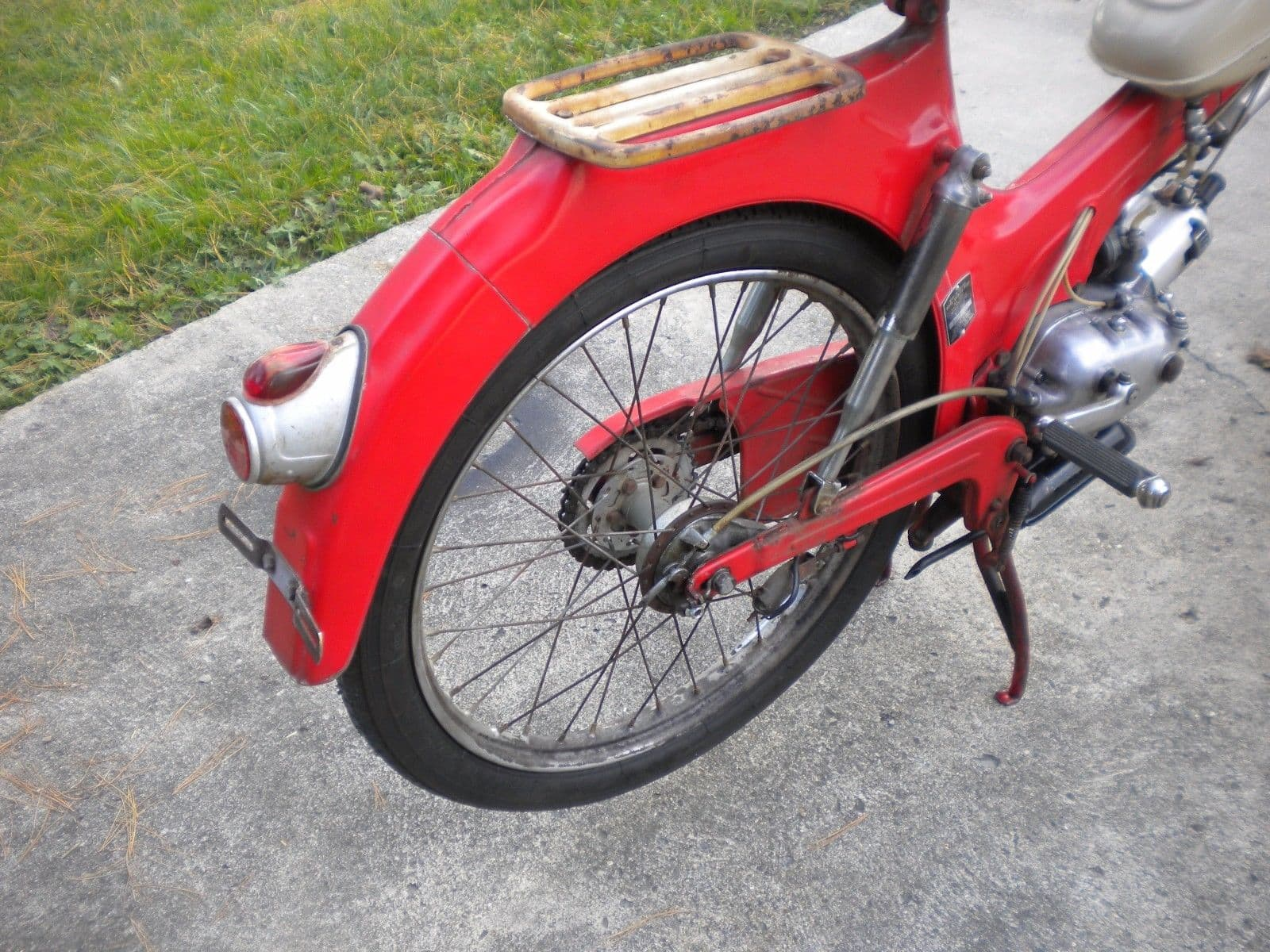 810.94020 Allstate Mo-Ped Puch